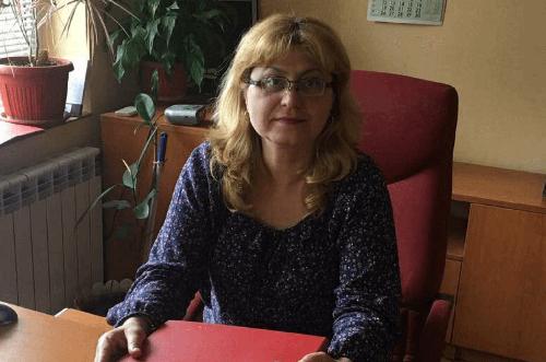 А. Великова - Оперативен счетоводител - Komarov Consult